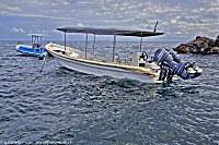 Boot der Alam Batu Tauchbasis