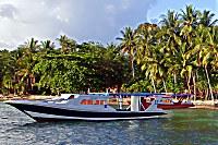 Tauchboote der Tauchbasis Bastianos Bangka