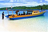 Tauchboot der Blue Bay Divers