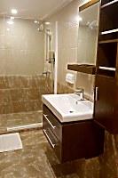 Badezimmer einer Standardkabine