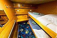 Kleine Kabine mit Stockbett