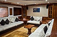 Loungebereich der Emperor Elite