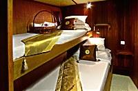 Zweibettkabine mit Doppelstockbett