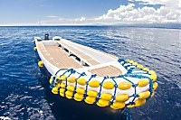 Mit dem Tauchboot werden die meisten Tauchplätze angefahren