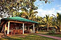 Restaurant des Apo Reef Club