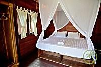 Bungalow mit Doppelbett im Ceningan Resort