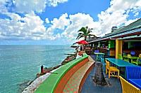 farbenfrohes Restaurant des Resorts