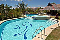 Swimmingpool des Dolphin House Resort & SPA