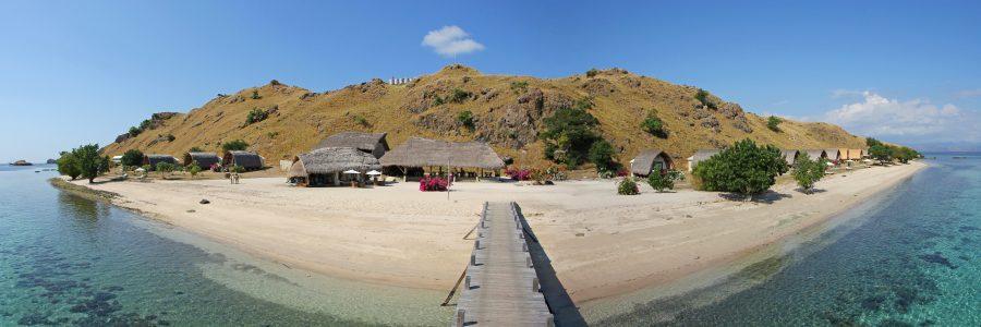 Komodo Resort mit schönem Strand