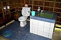 Toilette Kri Eco Resort