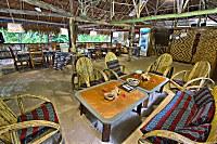 Lounge und Restaurant im Lissenung Island Resort