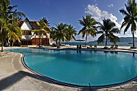 Swimmingpool des Maluku Resort & Spa