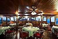 Nautical Bar Restaurant auf der