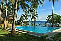Swimmingpool des Pintuyan Dive Resorts