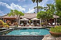 Villa Taman mit eigenem Pool und zwei getrennten Schlafzimmern