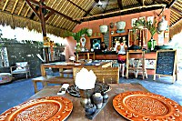 Halboffenes Restaurant im Tigerlillys
